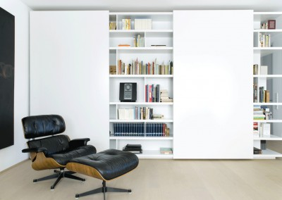 kracht - residential penthouse, living room with shelve